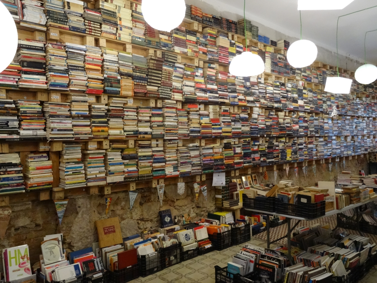Bücher in Barcelona